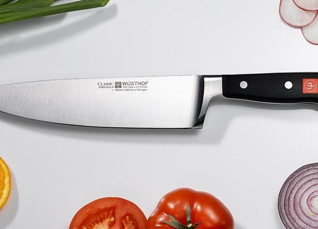 Jaké nože by rozhodně neměly chybět ve vaší kuchyni?