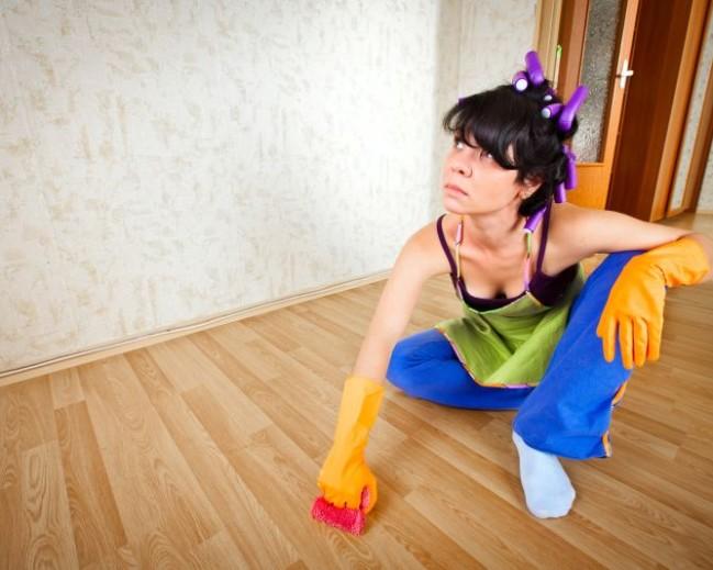 Pečujete o podlahu, ale i tak vypadá stále více opotřebená?