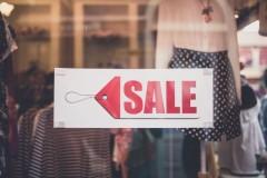 40511932 - sale signs in shop window
